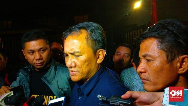 Wakil Sekretaris Jenderal Partai Demokrat Andi Arief memastikan partainya akan menyatakan dukungan pada salah satu pasangan calon dalam pemilihan presiden 2019.