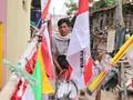 Husain, Berjualan Bendera Demi Meriahkan 17-an