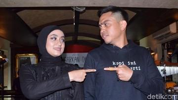 Pujian Suami untuk Ayudia Bing Slamet di Hari Kartini