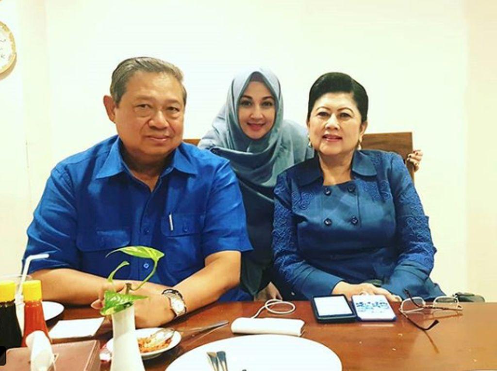 Dina Lorenza Sebut Bu Ani Yudhoyono Tak Pernah Mengeluh Sakit
