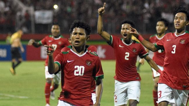 Penyerang Timnas Indonesia U-16 Bagus Kahfi mencetak hattrick dalam laga persahabatan melawan Oman yang berakhir imbang 3-3 di Malaysia, Rabu (12/9).