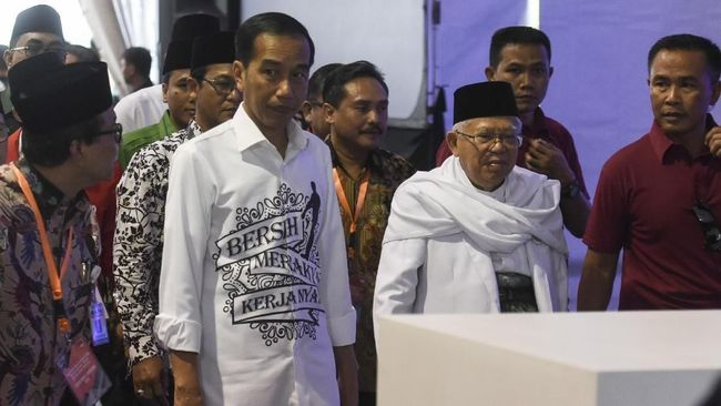 Jokowi dan Ma'ruf Evaluasi Elektabilitas Selama Kampanye