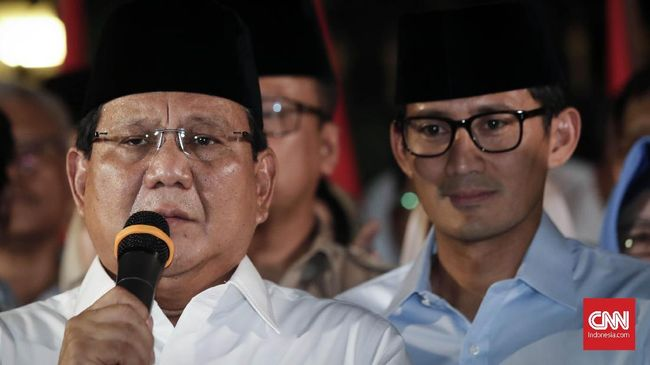 Ketua Dewan Pembina Partai Demokrat EE Mangindaan mengatakan rapat majelis tinggi partainya yang berlangsung di rumah SBY menyepakati mendukung Prabowo-Sandi.