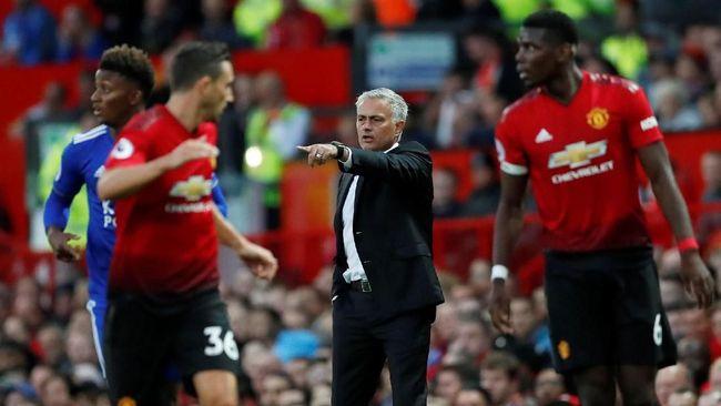 Gelandang Manchester United Nemanja Matic menegaskan Jose Mourinho adalah sosok pelatih yang jago menghadapi tekanan pemecatan.