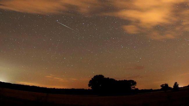 Hujan Meteor Perseid Bisa Diamati Malam Hingga Subuh