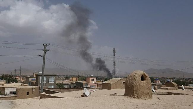 Taliban membebaskan dua sandera masing-masing berkewarganegaraan Amerika Serikat dan Australia pada Selasa (19/11) sebagai upaya pertukaran sandera.