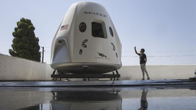 SpaceX sedang mencari pendanaan pinjaman senilai US$750 juta atau setara dengan Rp11,1 triliun.