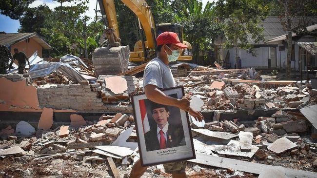 Sebanyak 1.005 kali gempa mengguncang wilayah Lombok sejak 29 Juli 2018. Jumlah kerugian akibat gempa tersebut mencapai Rp7,7 triliun.