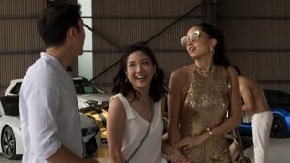 Penulis 'Crazy Rich Asians 2' Mundur karena Masalah Honor