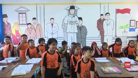 VIDEO: Mural Kemerdekaan 'Berkilau' dari Ruang Kelas