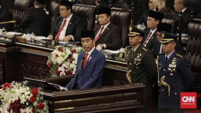 Jokowi mengatakan krisis yang terjadi akibat corona bisa menjadi momentum bagi RI untuk melakukan loncatan besar menjadi negara maju pada 2045 mendatang.