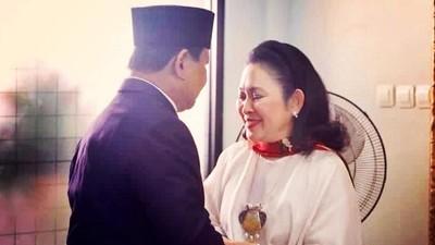 Saat Titiek Soeharto Beri Sinyal Jadi 'Ibu Negara'