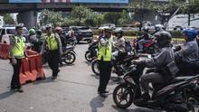 Pembatasan Mobilitas DKI Berlaku Malam Ini, Lalin Dialihkan
