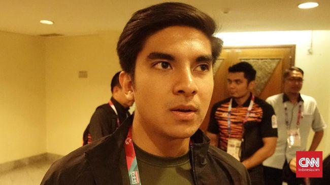 Menteri Pemuda dan Olahraga Malaysia, Syed Saddiq, menyatakan penusukan suporter Indonesia di Malaysia adalah hoaks.