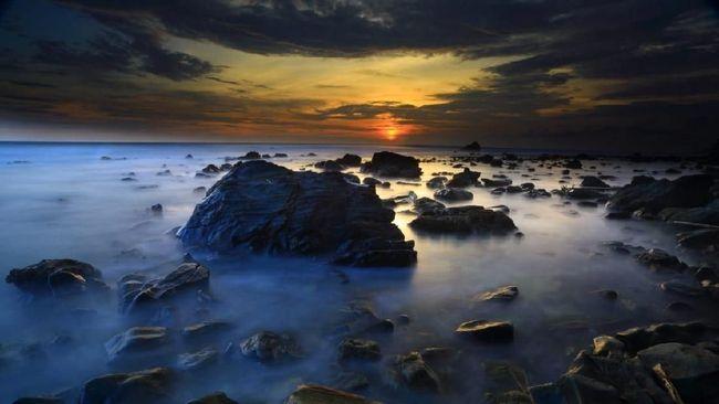 UNESCO telah menetapkan Kawasan Teluk Saleh, Pulau Moyo, dan Gunung Tambora (Samota) di Pulau Sumbawa, sebagai cagar biosfer dunia.