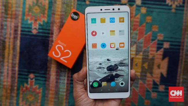 Xiaomi punya dua varian ponsel dengan harga tak jauh beda, Xiaomi S2 dan Note 5, lantas ponsel mana yang lebih layak?