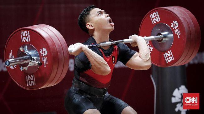Setelah berhasil meraih emas di Asian Games 2018, Selasa (21/8), lifter Indonesia Eko Yuli Irawan gugup menunggu kelahiran anak keduanya.
