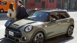 MINI 'Jadul' Disulap Jadi Mobil Listrik