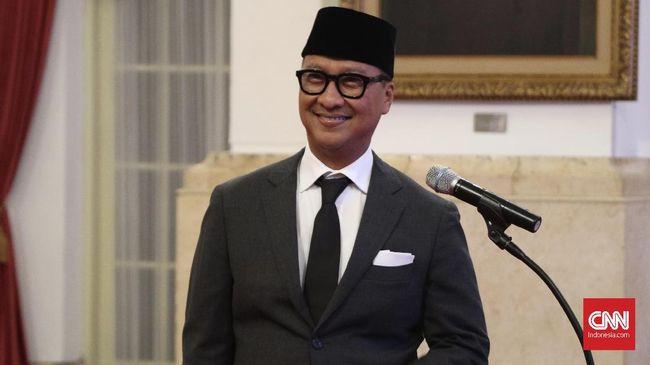 Presiden Joko Widodo melantik Agus Gumiwang menjadi Menteri Sosial menggantikan Idrus Marham.
