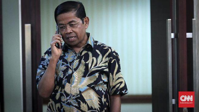 Mantan Menteri Sosial Idrus Marham dan kuasa hukum berembuk membahas rencana untuk mengajukan praperadilan atas penetapan tersangka di KPK.