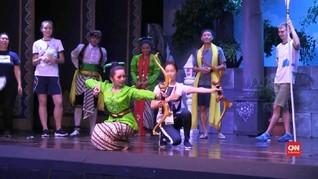 VIDEO: Atlet Asian Games Menonton Pertunjukan Tradisional