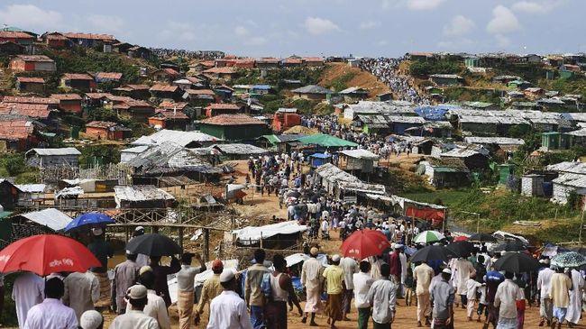 Longsor di Kamp Rohingya, 4.500 Orang Kehilangan Perlindungan