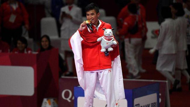 Prajurit TNI AD Rifki Ardiansyah Arrosyiid ikut mengharumkan nama Indonesia dengan meraih emas Asian Games 2018 di cabor karate.