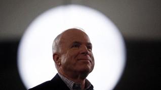 5 Momen John McCain Pamer Kepiawaian Berakting