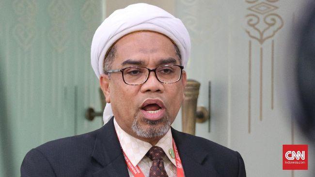 Ngabalin meminta Ketua Umum Persaudaraan Alumni 212 Slamet Maarif untuk mengikuti proses hukum kasus dugaan pelanggaran kampanye di luar jadwal Pemilu 2019.