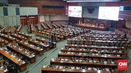 Kursi Kosong Warnai Rapat Paripurna DPR Pengesahan 6 RUU