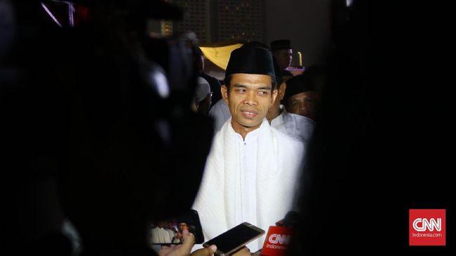 Ustaz Abdul Somad mengatakan hendaknya umat berdoa agar Allah memberikan pemimpin yang perhatian kepada umat dan pemimpin terbaik.