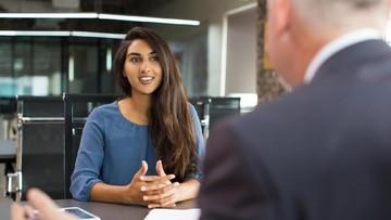 Cara Fresh Graduate Tetap Tenang Saat Wawancara Kerja