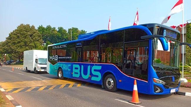 Bus Listrik Moeldoko Mulai Beroperasi di Bandara
