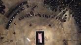 Petinggi negara Amerika Serikat berkumpul di Capitol Hill, Jumat (31/8), untuk memberikan penghormatan terkhir kepada sang abdi negara, John McCain.