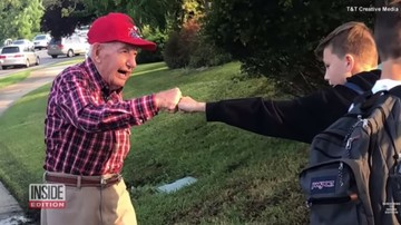 Kisah Inspiratif Kakek Veteran yang Rajin Semangati Anak Sekolah