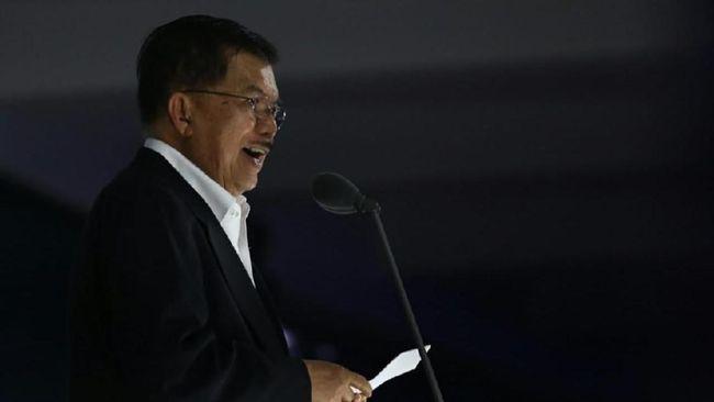 Wapres Jusuf Kalla (JK) memberikan pembekalan bagi puluhan calon dubes Indonesia, Jumat (9/11). Salah satu hal yang ditekankan adalah kerja sama ekonomi.