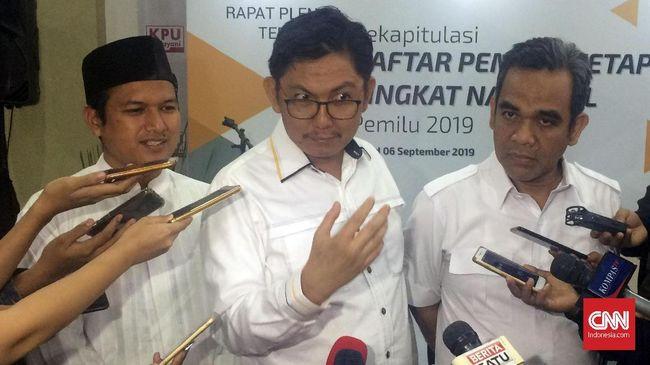 Para sejen partai koalisi partai pendukung Prabowo-Sandiaga menggelar rapat di Jalan Daksa I, Jakarta Selatan untuk membicarakan persiapan timses dan kampanye.