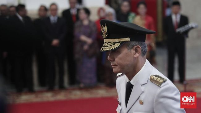 Aktivis dan tokoh lintas agama mengkritik Apel Kebangsaan 'Kita Merah Putih' yang bakal digelar Pemprov Jawa Tengah.