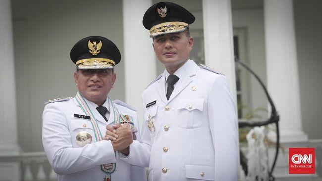 Terkait pelaporan terhadap Wagub Ijeck yang diduga mendukung Bobby Nasution, Gubernur Sumut Edy Rahmayadi menyebut peabat politik berhak kampanye.