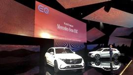 FOTO: Mercedes-Benz Siap Saingi Tesla dengan EQC