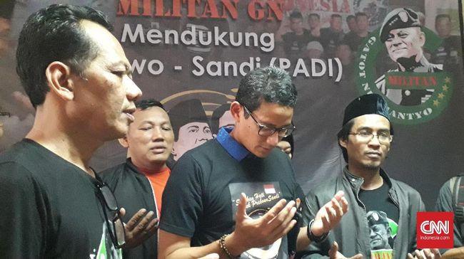 Bakal calon wakil presiden Sandiaga Uno menyatakan menghormati Gatot karena kesamaan latar belakang dengan Prabowo Subianto sebagai mantan TNI.