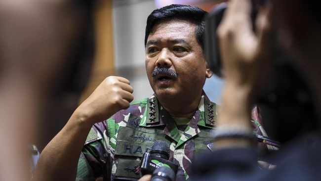 Panglima TNI Marsekal Hadi Tjahjanto resmi terpilih sebagai Ketua Umum Federasi Olahraga Karate-Do Indonesia (FORKI) menggantikan Gatot Nurmantyo.