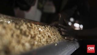 500 Ton Kedelai Impor Asal Kanada Tiba di Bandung