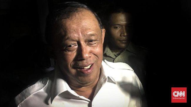 Saat ditanya soal serangan isu HAM kepada Prabowo, Ketua BPN Djoko Santoso menyatakan lebih baik melanggar HAM ketimbang membiarkan negara runtuh.