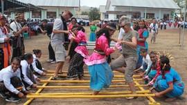 Jelang Pertemuan IMF Labuan Bajo Latihan 'Ramah Turis'