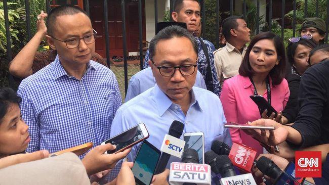 Ketua Umum PAN Zulkifli Hasan membenarkan kabar terkait bergabungnya Mantan Panglima TNI Gatot Nurmantyo ke Tim Pemenangan Prabowo-Sandi.