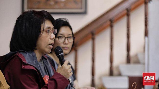 Suciwati, istri mendiang aktivis HAM Munir Said Thalib selam 14 tahun tetap menuntut pemerintah mengungkap dalang kasus pembunuhan suaminya.