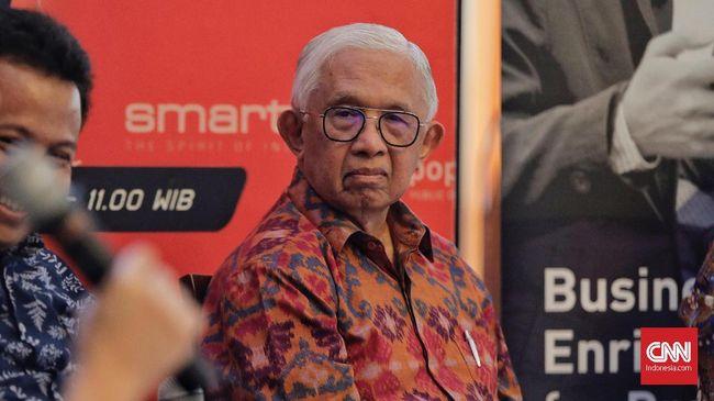 Ekonom Senior Anwar Nasution menilai kinerja Menteri Keuangan Sri Mulyani dan Menteri BUMN Rini Soemarno tak mumpuni untuk membantu menjaga stabilitas rupiah.