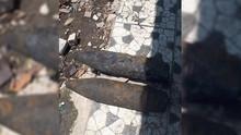 Mortir Seberat 50 Kg Ditemukan Warga di Tepi Kali Cipinang