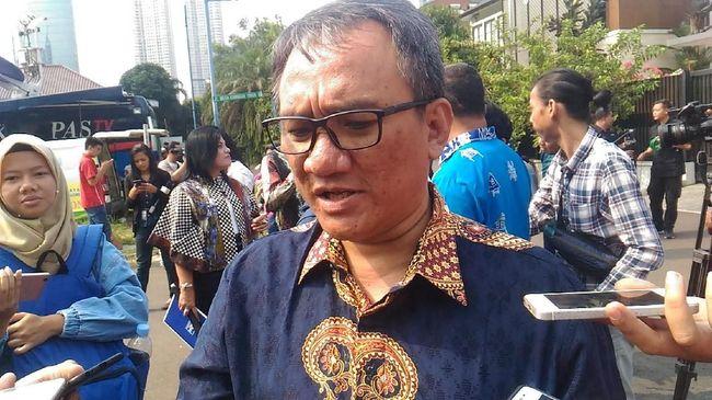 Andi Arief Laporkan Lima Pendukung Jokowi soal Polemik Hoaks